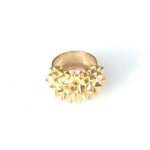 Ring Studs Bolder Brass Goldplated on white