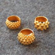 Rings Studs goldplated on felt