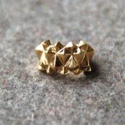 Studs ring Bold Brass glossy on felt