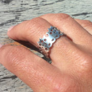 Modern Lace Ring silver glossy on hand