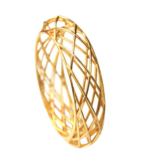 105 ph2 Circles Bracelet Sleek goldplated schuin1