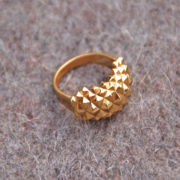 Ring Studs Sleek Glossy Goldplated on felt side
