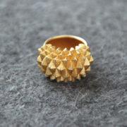 Studs Ring Bolder goldplated on felt