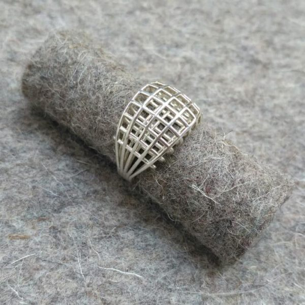 Wired ring Bertoia on felt