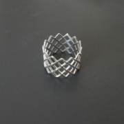 mesh ring silver on black 2