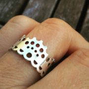 Modern Lace Ring silver on hand 3